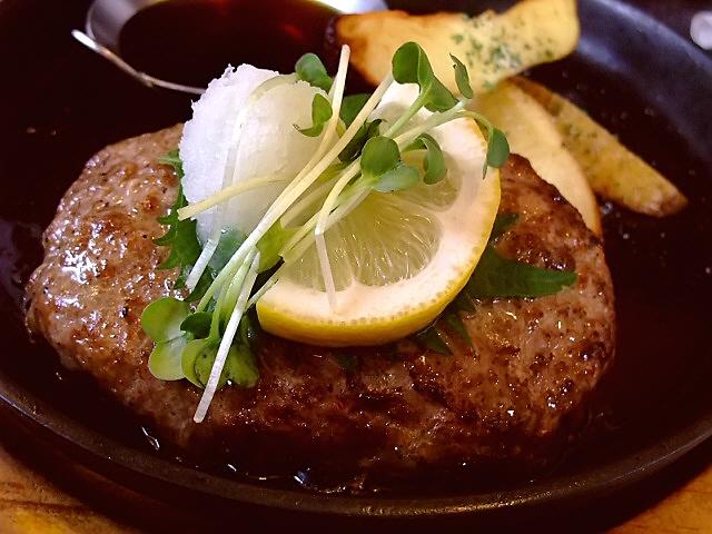専門店のハンバーグをポン酢でさっぱりと! 昭和町 「ハンバーグレストラン BOSTON 昭和町本店」