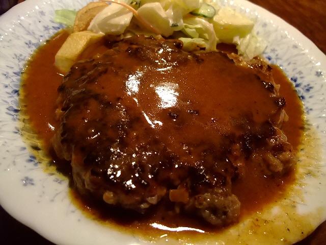 懐かしい味の大人気ハンバーグ 堺筋本町 「レストラン艸葉(くさば)」