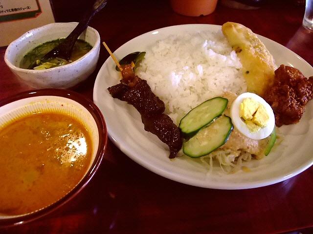 絶叫するほど旨いあのカレーに再会できました! 西淀川区 「大衆インドネシア食堂 るまやん」