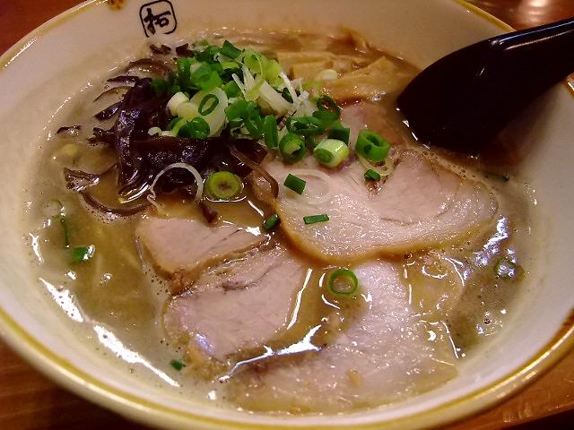 濃厚ですがくどくなくてとても美味しいです! 西区北堀江 「麺や拓」