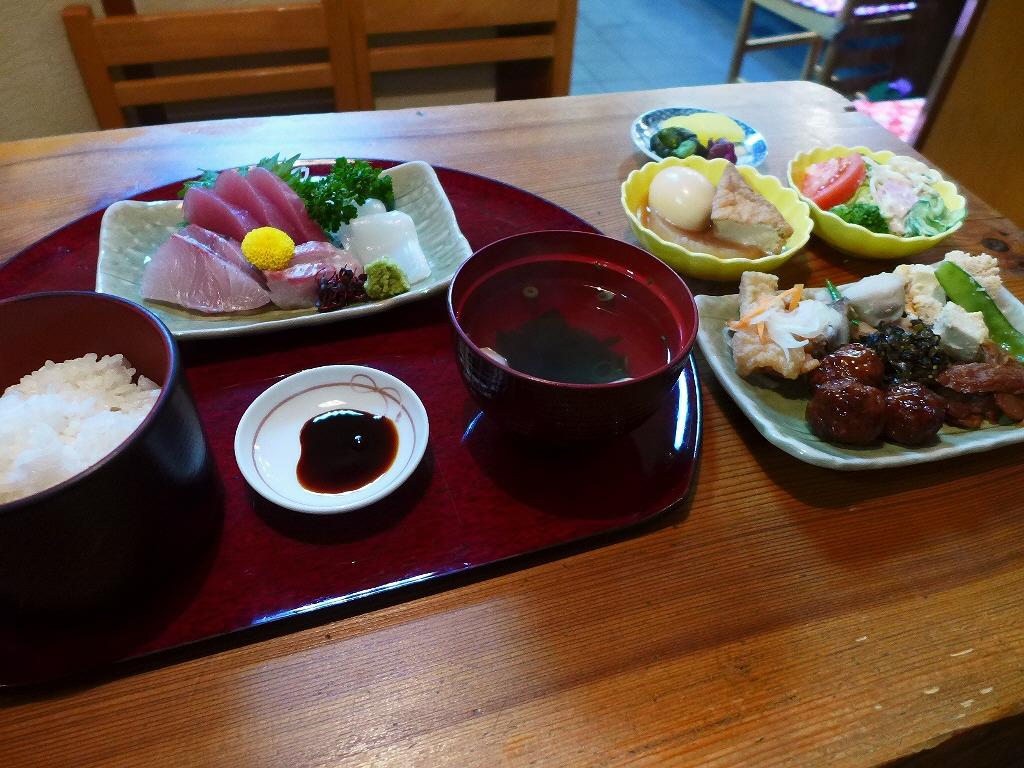 寿司割烹店の絶品お惣菜バイキング付きの超お値打ちランチ! 東大阪市 「清水」