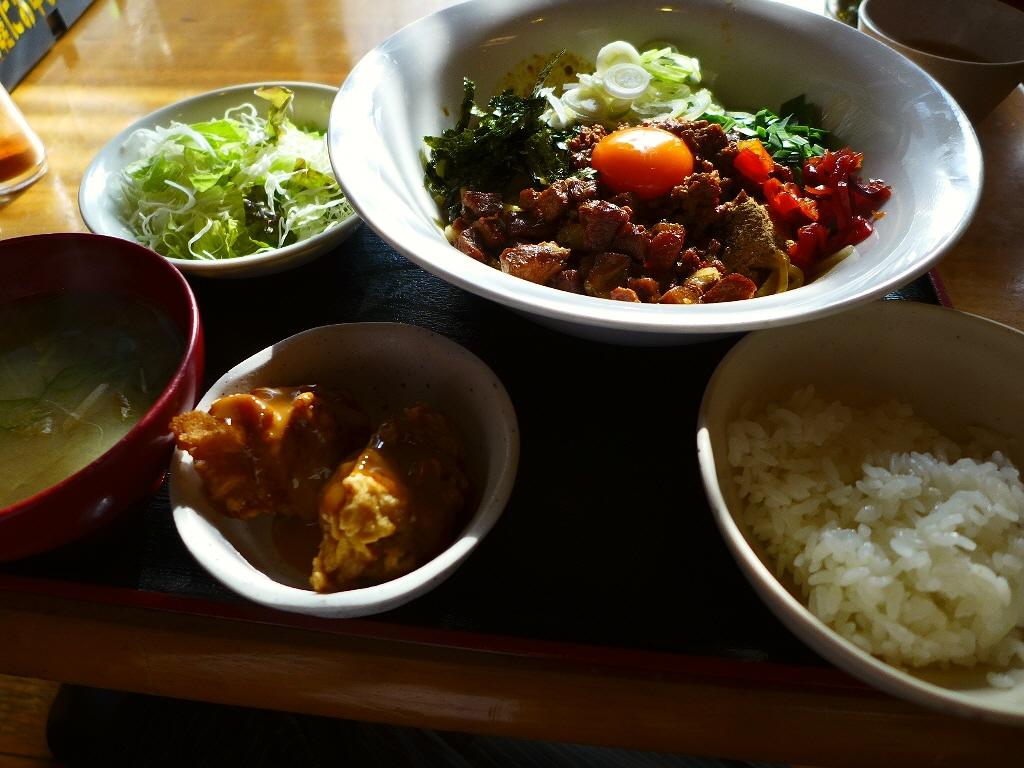これはヤバい!病み付き間違いなしのジャンクな旨さ! 中央区博労町  「宮崎郷土料理 どぎゃん」