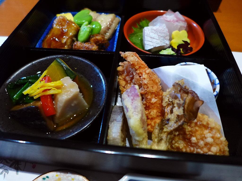 松花堂弁当の発祥の流れを汲む贅沢な味わいが楽しめます! 北新地 「北新地 湯木 新店」