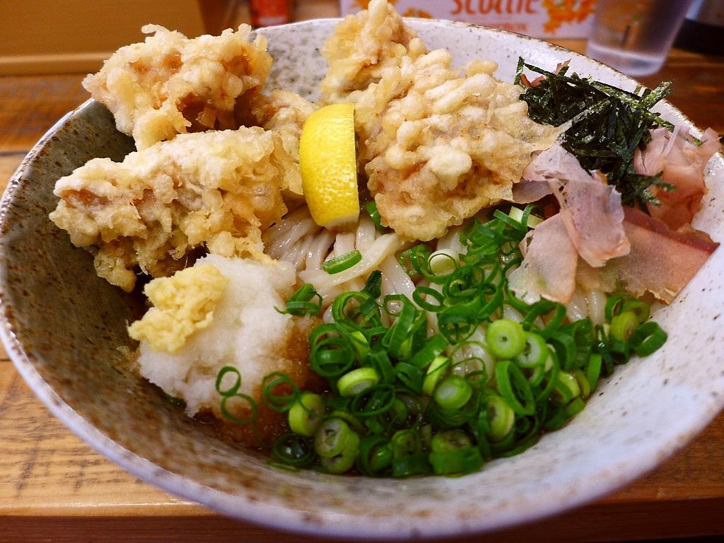 細いのにぐんぐん伸びる完成度の高い熟成麺! 淀川区西中島 「ゆうすけ」