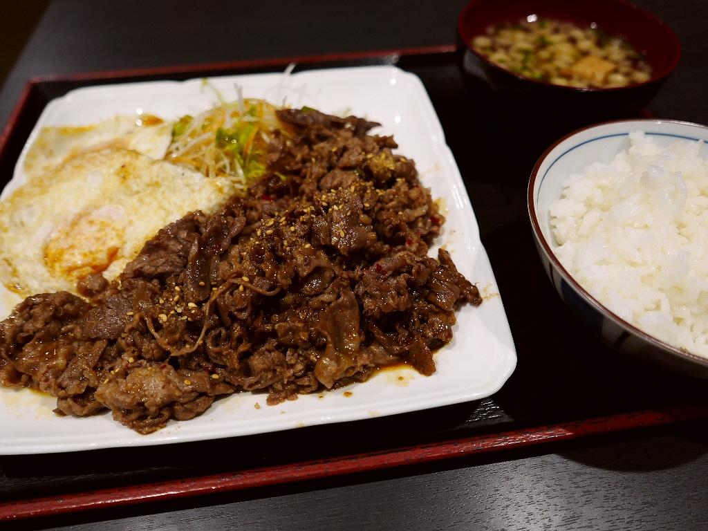 ボリューム満点のお値打ちお肉ランチがいただける焼肉屋さん! 淀川区西中島 「焼肉 おか屋」