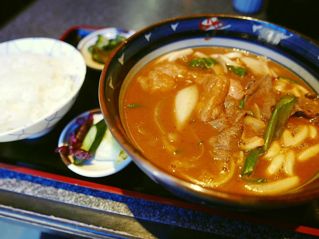 お出汁が唸るほど旨い!地元で愛される家族経営の和食店 西区京町堀 「京栄」