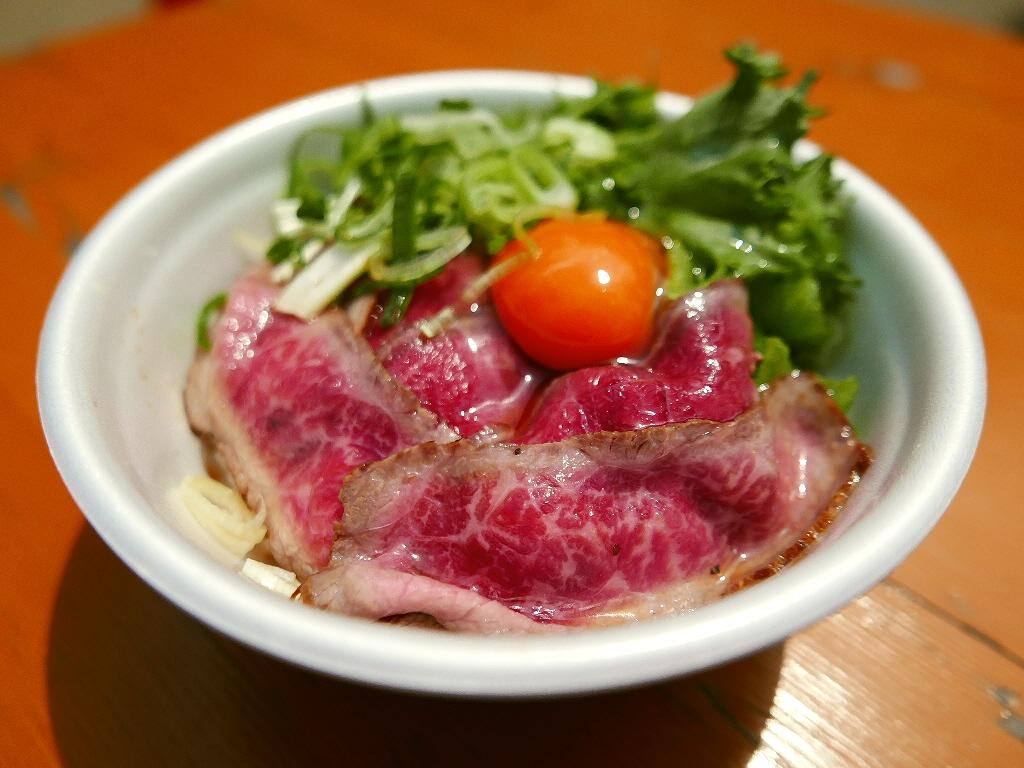 『2015 肉汁祭 全国どんぶりチャンピオン決定戦』 3週目も大いに盛り上がっています! @西梅田スクエア