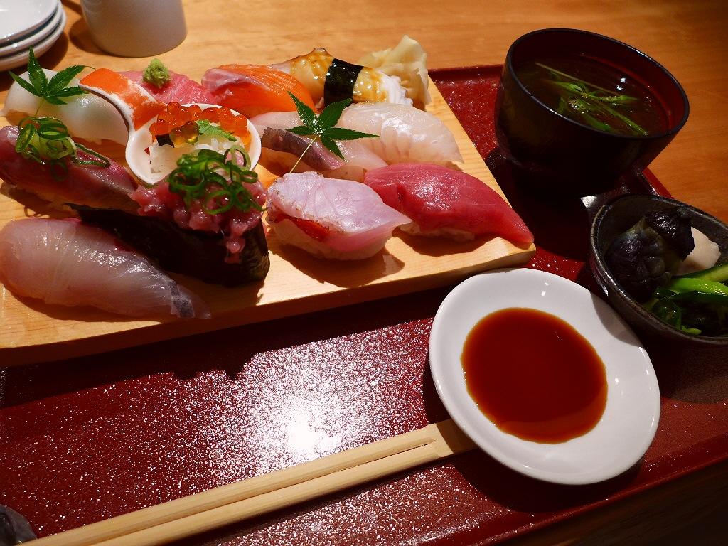 知る人ぞ知る素晴らしいコストパフォーマンスのお寿司ランチ! 福島区 「鮨ダイニング 龍」