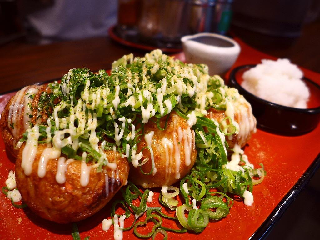 Mのちょっと一杯! トロトロの絶品たこ焼きがサクッと食べられます! 新梅田食道街 「たこランラン」