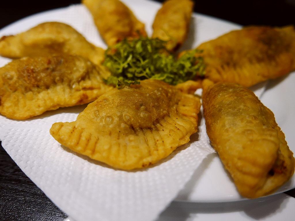大人気スリランカ料理店の2号店のスリランカ居酒屋は何もかもが旨すぎます! 阿波座 「ヌワラカデ」