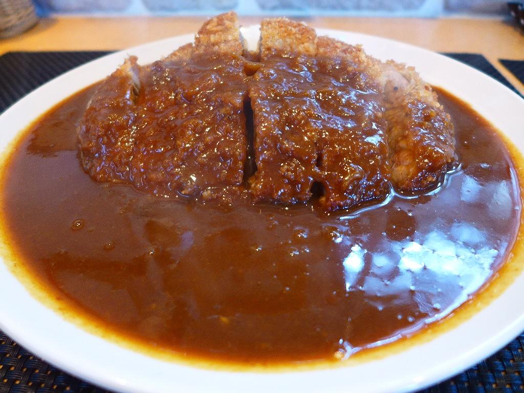 三元豚の超贅沢カツカレーは土曜日か祝日に食べに行きましょう! 東淀川区 「f-cafe'」