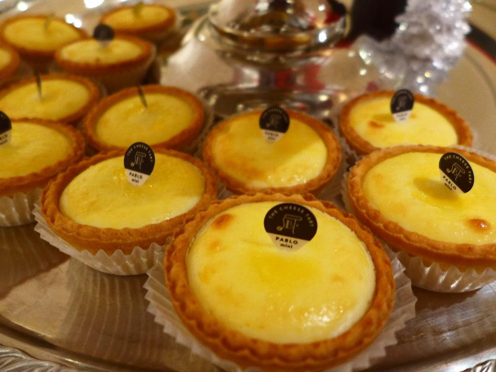 PABLOの大人気チーズタルトのミニサイズが店内でも食べられるお店がオープン! 神戸元町 「焼きたてチーズタルト専門店PABLO 神戸元町店」