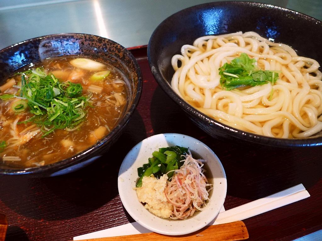 原価計算が無視されたあまりにもお値打ち過ぎる冬季限定のカニみそつけ麺! 八尾市  「讃岐屋 雅次郎」