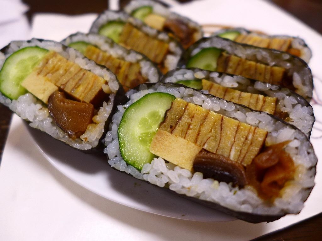 画像2: 憧れの「マイスター工房八千代」の「天船巻きずし」をついにゲットしました(^^兵庫県多可郡という、山の中で販売されている、知る人ぞ知る大人気の巻き寿司です!今まで食べたかったのですが、とにかく遠くて不便であるにもかかわらず... emunoranchi.com