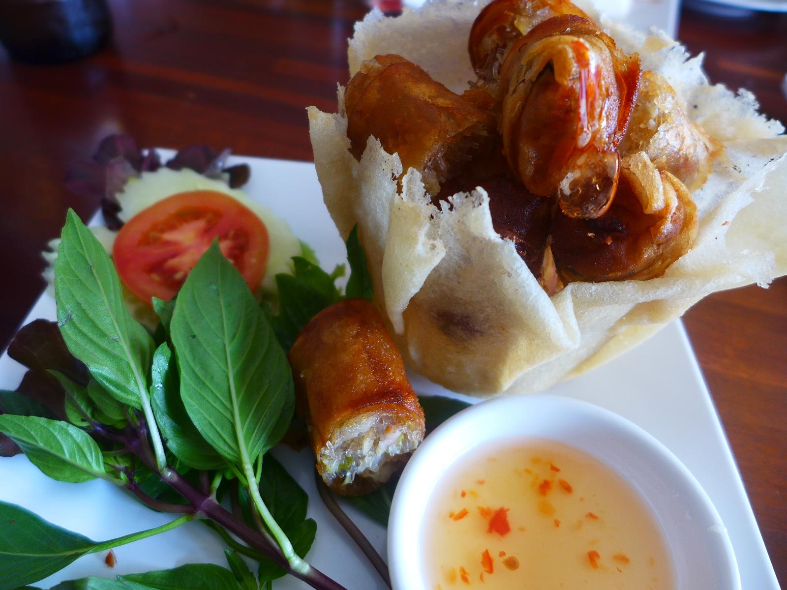 画像2: 本日のランチはタイのパタヤにあるレストラン「メーシールアン・レストラン」に行きました。 詳細は後ほど・・・ emunoranchi.com