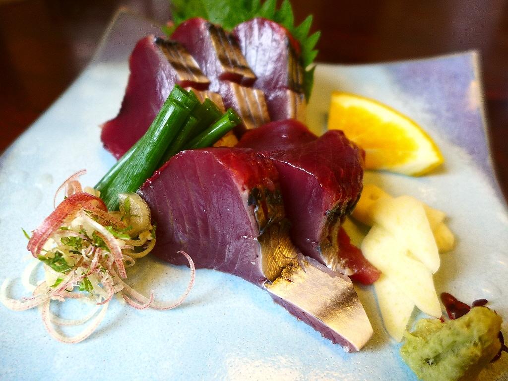 本場の老舗でいただく鰹のタタキとお刺身はやっぱり絶品でした! 高知県 「土佐料理 司 高知本店」
