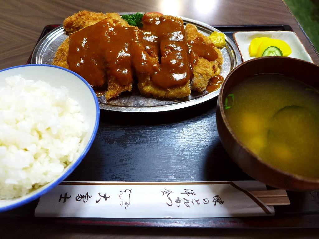 昭和の空気が流れる老舗洋食屋さんのとんかつは非常にクオリティが高いです! 十三 「大富士」