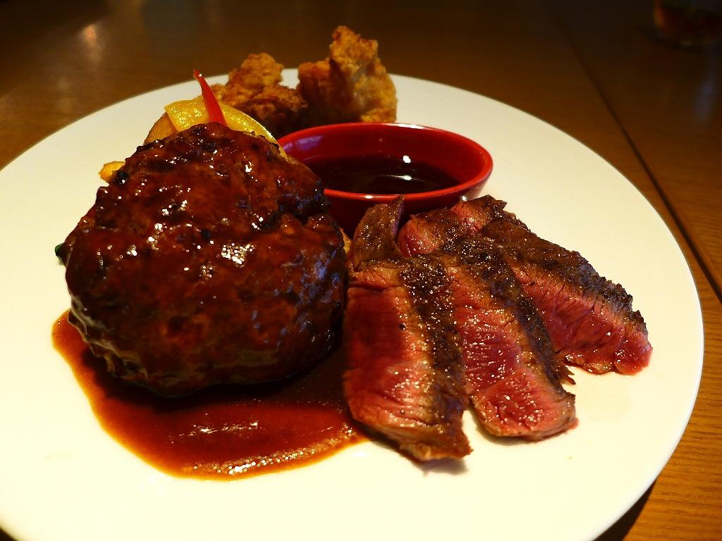 画像2: 本日のランチはなんばCITY南館2階にあるステーキハウス「ロマン亭 VILLA なんばCITY店」に行きました。お肉屋さん直営の厳選されたお肉の熟成肉を使った様々なお肉料理がいただけるお店です。先日夜に初めて行ってとても... emunoranchi.com