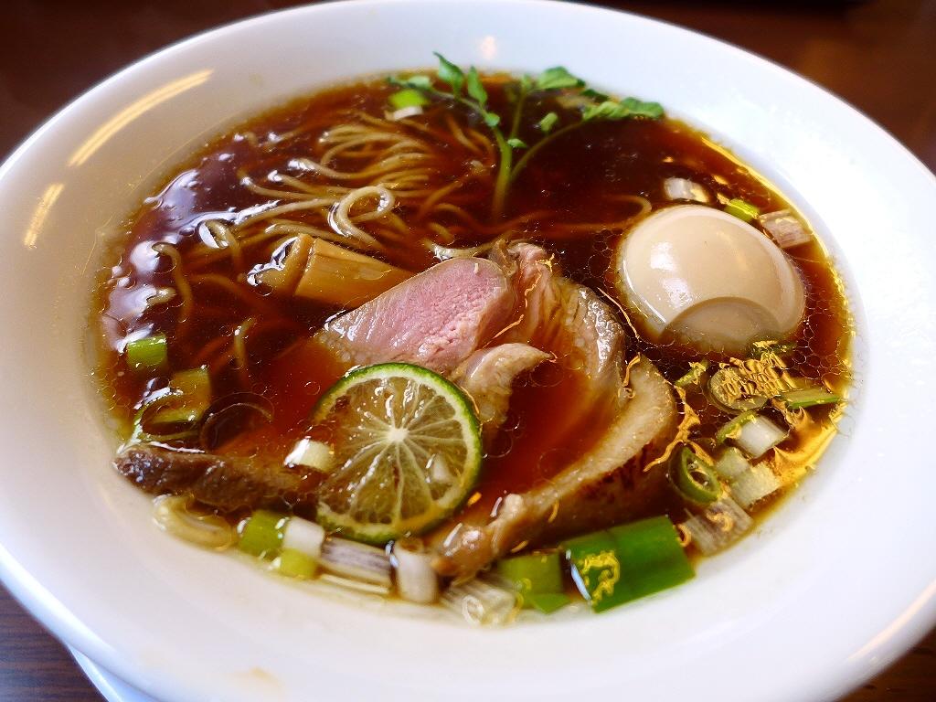 高級素材の紀州鴨を使った清湯系も白湯系もつけ麺も完成度が高くて美味しいです! 枚方市 「麺麓menroku」