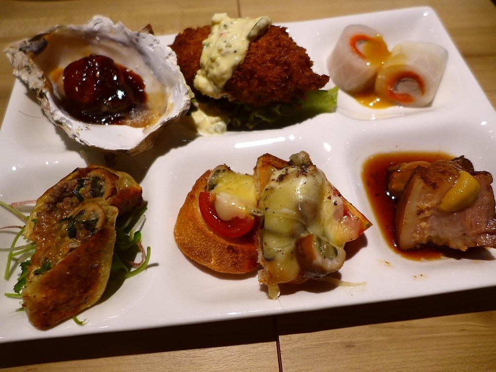 画像2: 本日のランチは北区曾根崎にある牡蠣料理専門店「かき鐵」に行きました。大阪の名店が集結して毎日大賑わいしている「お初天神裏参道」にあるお店で、全国各地から旬の真牡蠣や岩牡蠣を産地直送で仕入れられていて、1年中生牡蠣をはじめ... emunoranchi.com