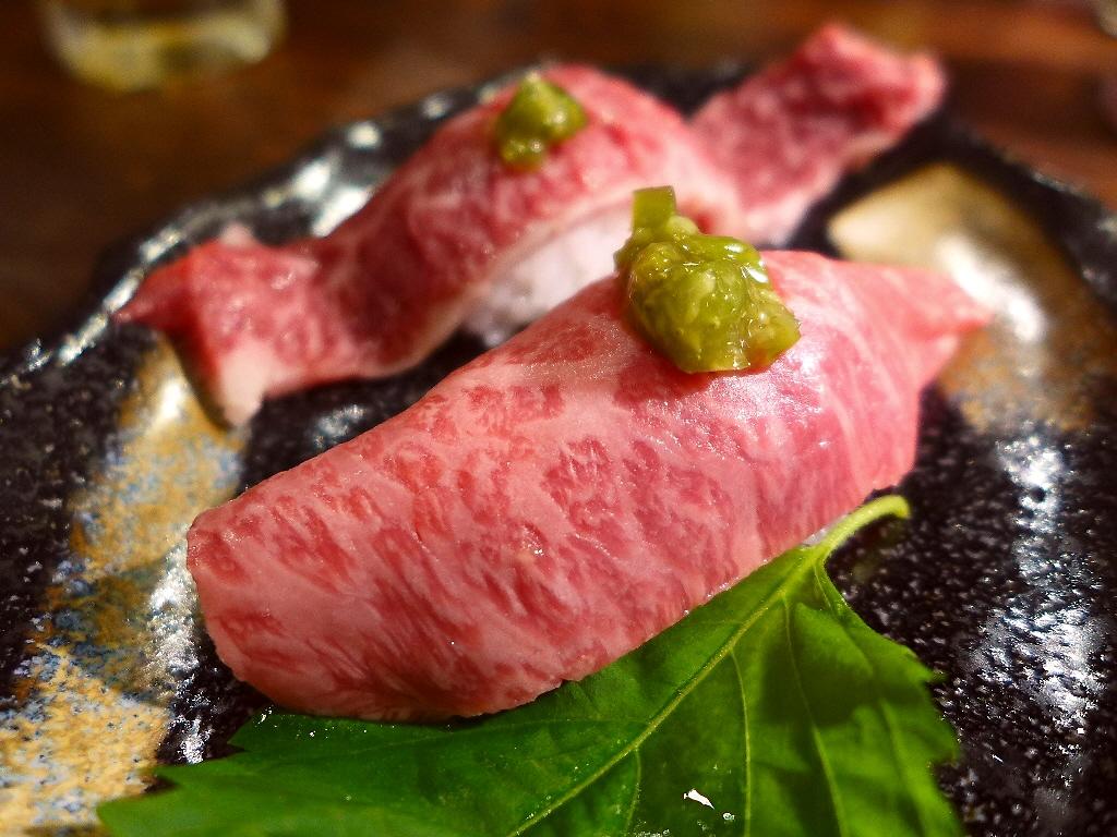 感動的に旨い超希少チャンピオン黒毛和牛の米沢牛焼肉が堪能できる知る人ぞ知るお店! 和泉市 「焼肉くろちゃん」