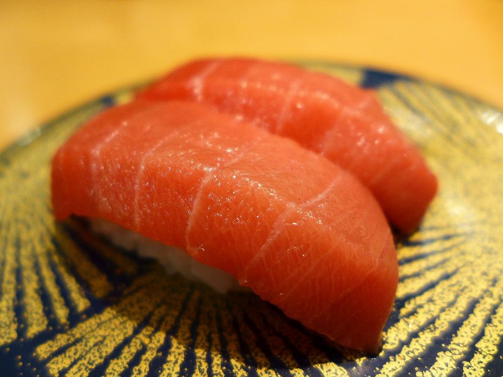 鮮度抜群の巨大なネタで凄まじい人気の回転寿司! 箕面市 「大起水産 箕面店」