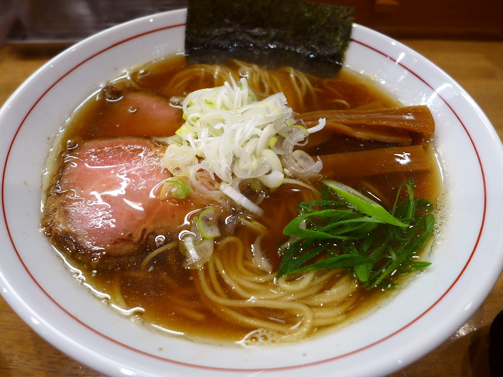 鶏と魚介の旨みが効きまくりの正統派中華そばはご飯との相性も抜群です! 北区豊崎 「麺処 えぐち」