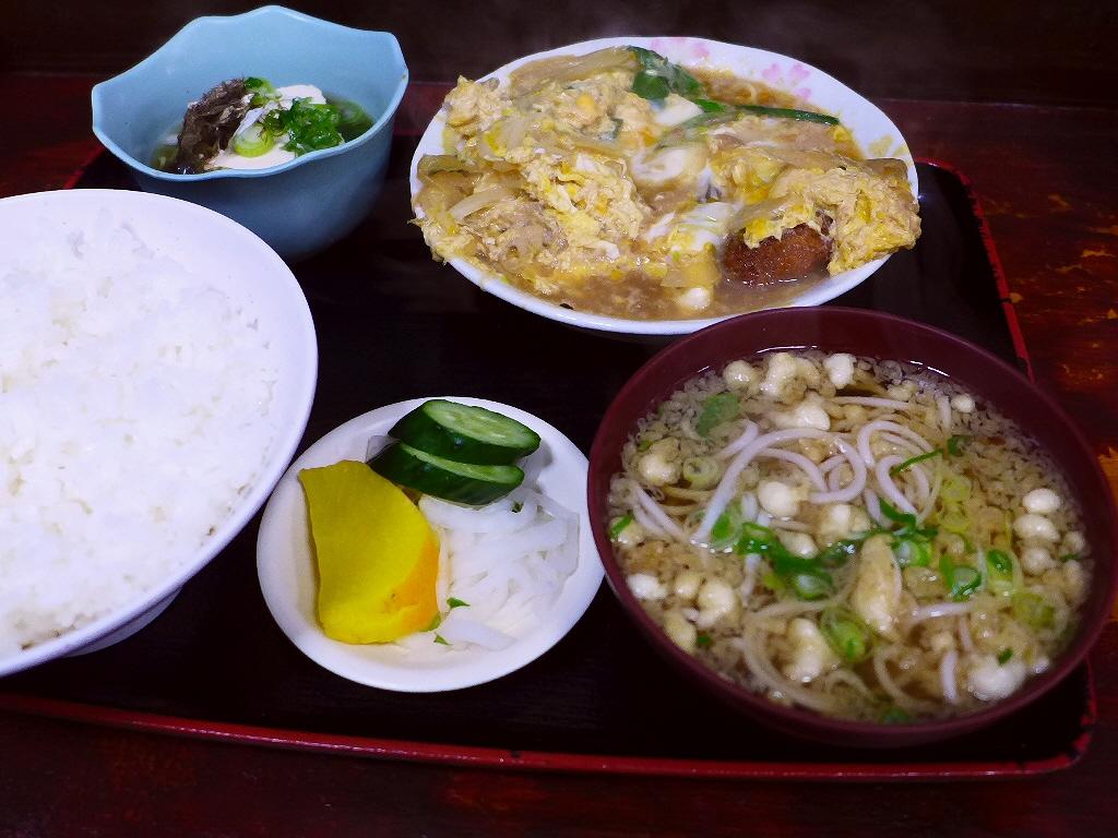 地元で絶大に支持されるお出汁が抜群に美味しい昔ながらのお蕎麦屋さん 尼崎市 「そば処 竹生」