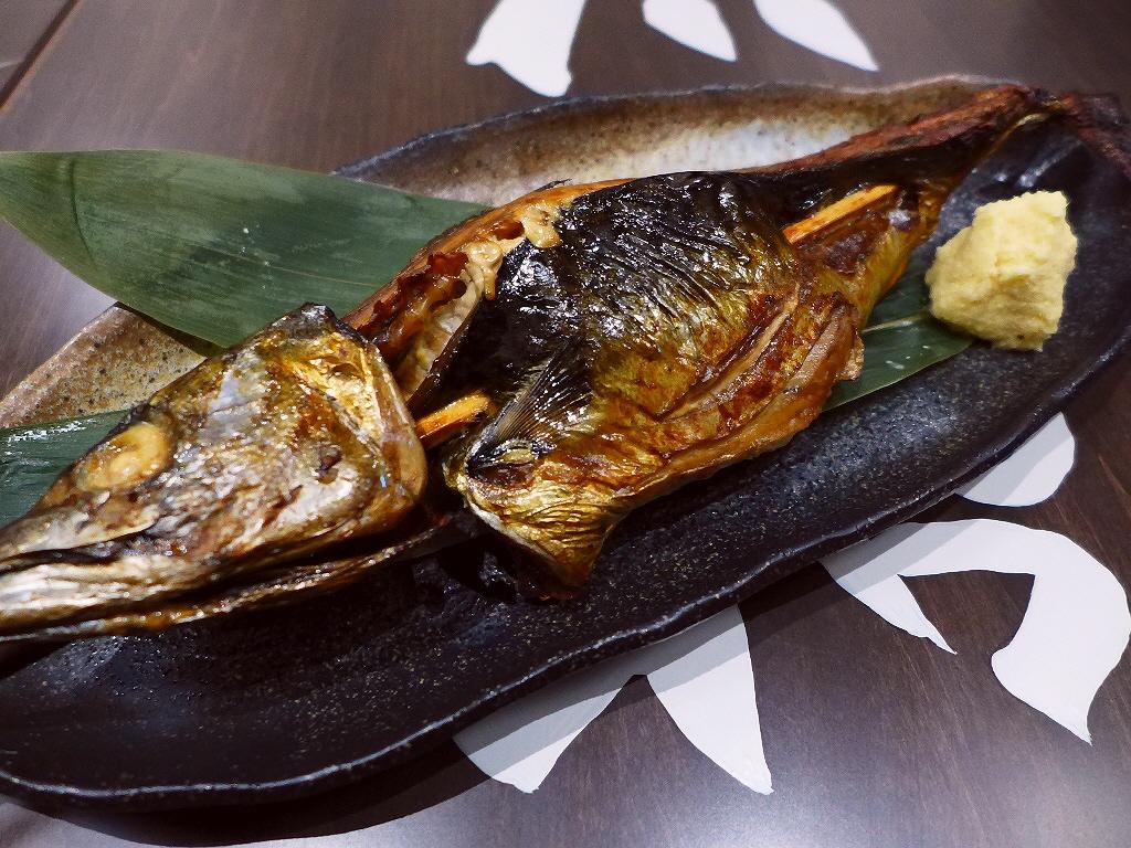 画像2: 本日のランチは阪急三番街地下2階に鯖料理専門店「SABAR 阪急三番街店」に行きました。 2017年4月2日(日)グランドオープンのお店のレセプションにご招待いただきました。 鯖の中でも特に脂の乗った「トロサバ」にこだわ... emunoranchi.com