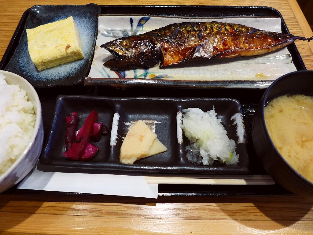 ひものと天ぷらとお酒が旨すぎる居酒屋の輪島いしる漬けランチは満足感が高すぎます! 阿波座 「酒とひもの 人情酒場 阿波座店」