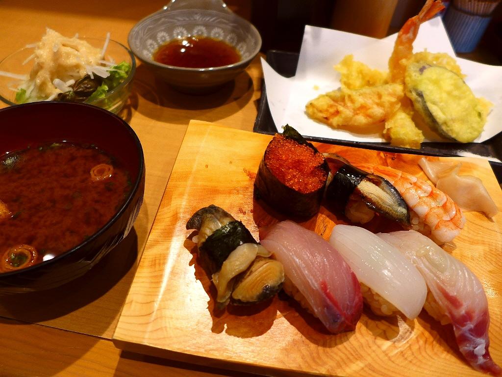 回らない本格寿司が1貫80円~食べられるお店のお値打ちランチ! 北区池田町 「寿司処 たくみ」