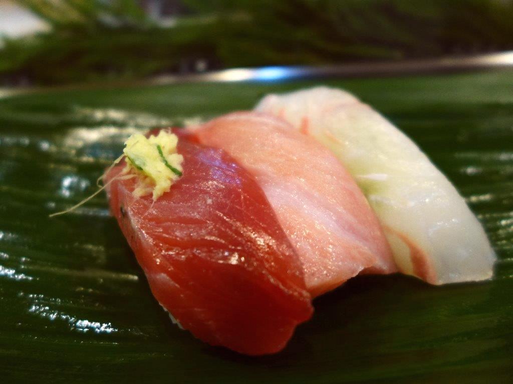 場内で早朝から食べる高級握り寿司は満足感が高すぎます! 築地市場内 「岩佐寿し」