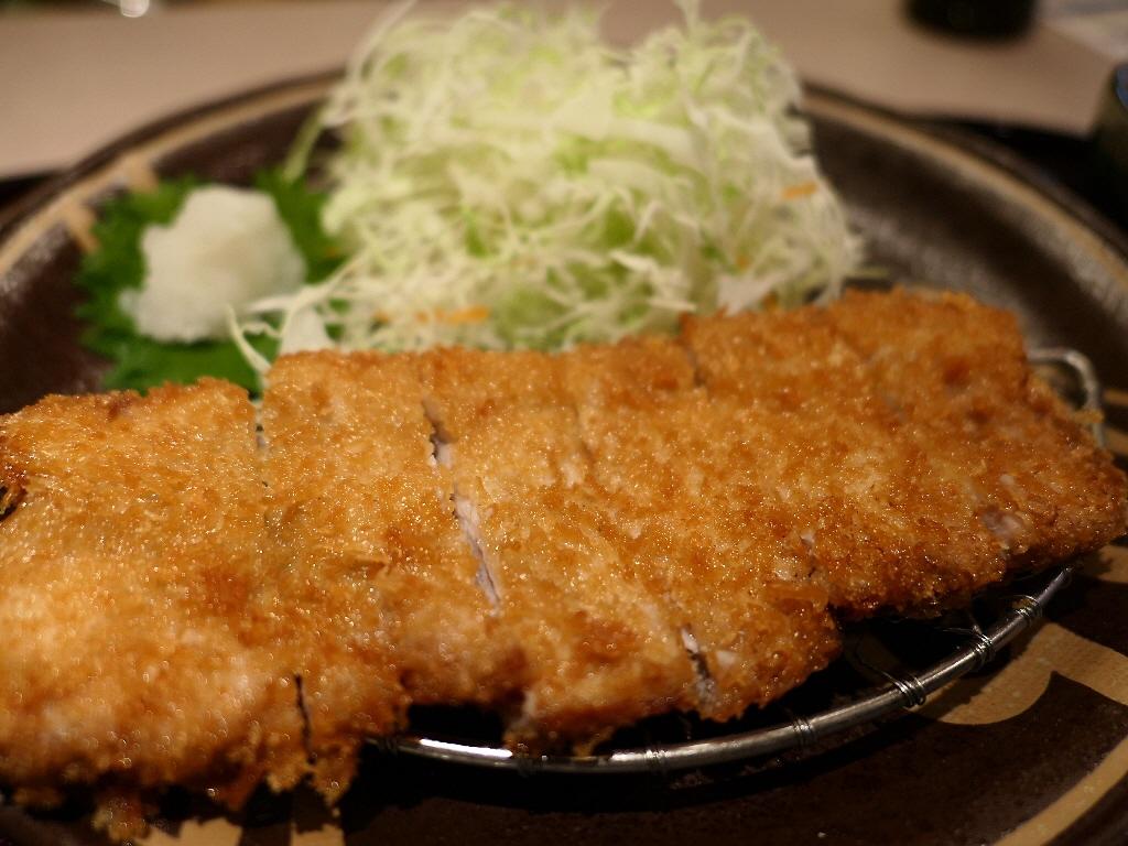 関西初登場の群馬県のブランド豚の芋豚のとんかつが感動的に旨いです! 西天満 「味見屋」