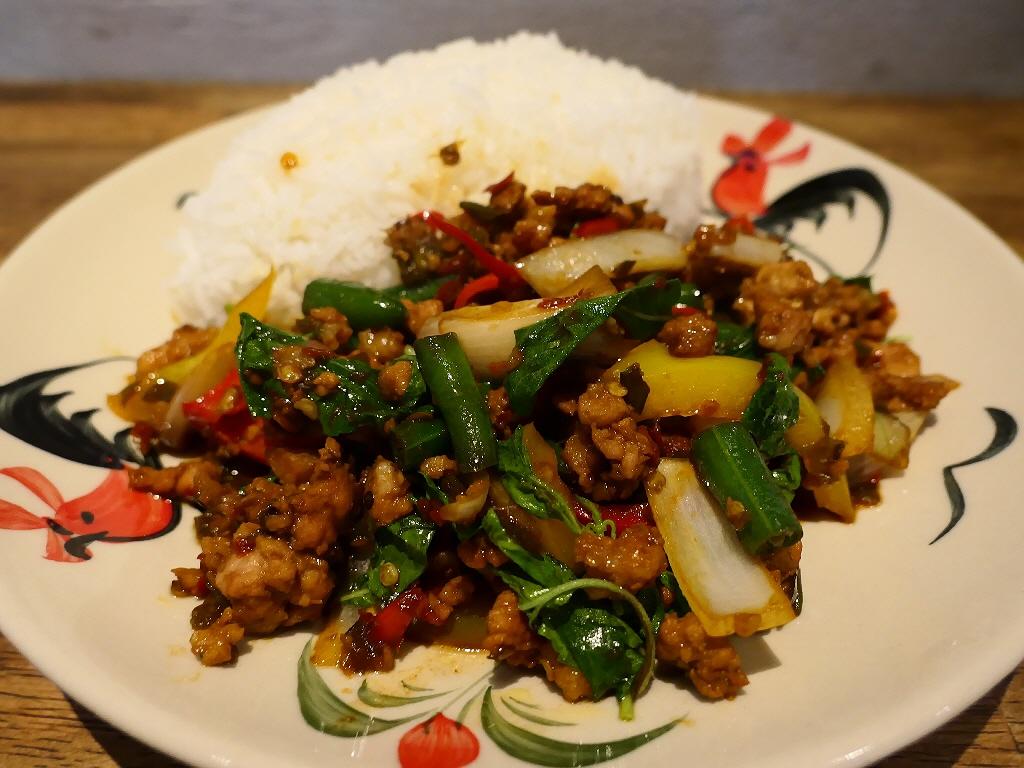 お洒落な街のお洒落な空間でお手軽に本格タイ料理がいただけます! 北区中崎西 「ブッサバ」