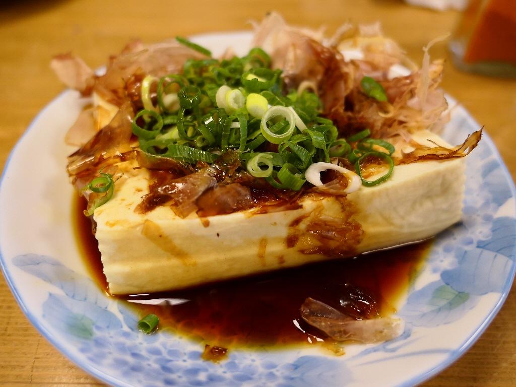 『日本三大居酒屋湯豆腐』が食べられる地元で絶大に支持されている人情味溢れる居心地抜群の居酒屋! 三重県伊勢市 「一月家」