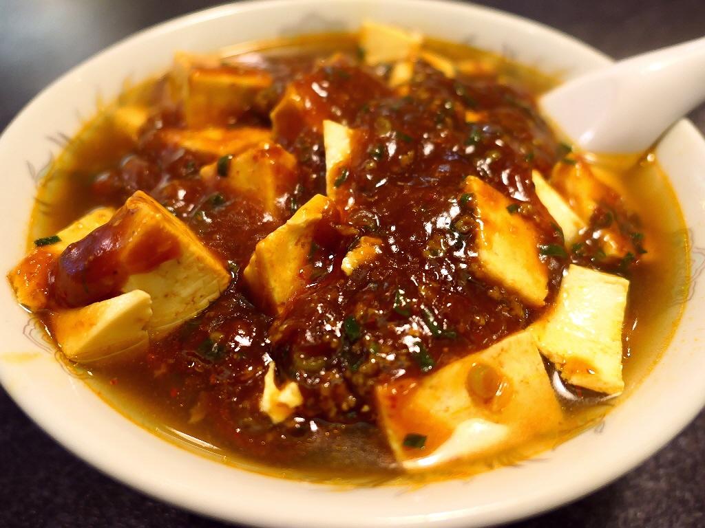 大繁盛している町中華の麻婆ラーメンはちょっと甘くて癖になる美味しさでした! 北区大淀中 「中国料理 白鳳」