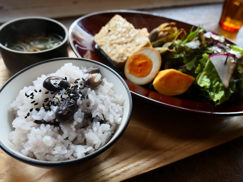 秋の味覚が満喫できる黒枝豆御飯定食は満足感が高すぎました! 西区京町堀 「グローブピッコラ」