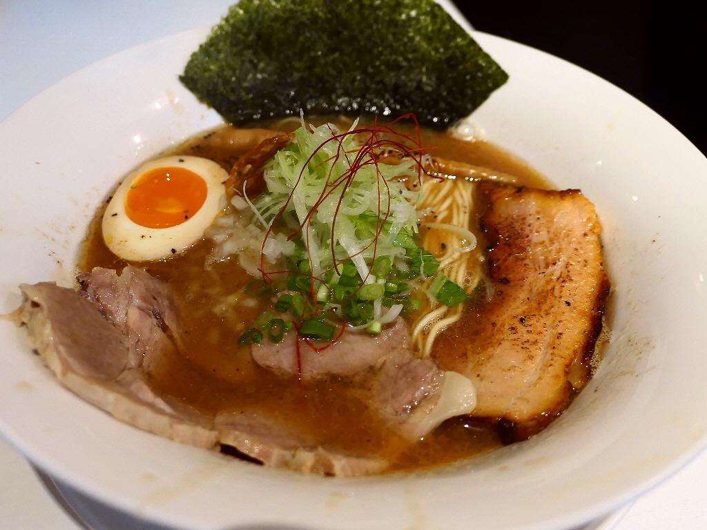 ラーメンに対する思いとお客さんに対する思いが熱く味も絶品のラーメン屋さん! 中央区内本町 「麺や 齋とう」