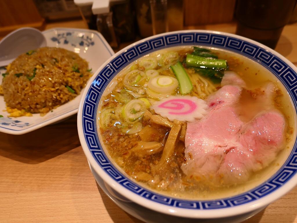今大阪で最も勢いのあるラーメン屋さんがグループ8店舗目を梅田にオープン! 梅田 「サバ6製麺所 お初天神店」