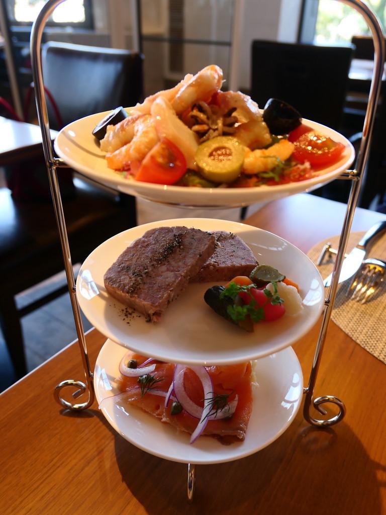 ニューオープンの居心地抜群のレストランで帝国ホテルの歴史ある洋食メニュー 帝国ホテル大阪 「カフェ クベール(CAFÉ COUVERT)」