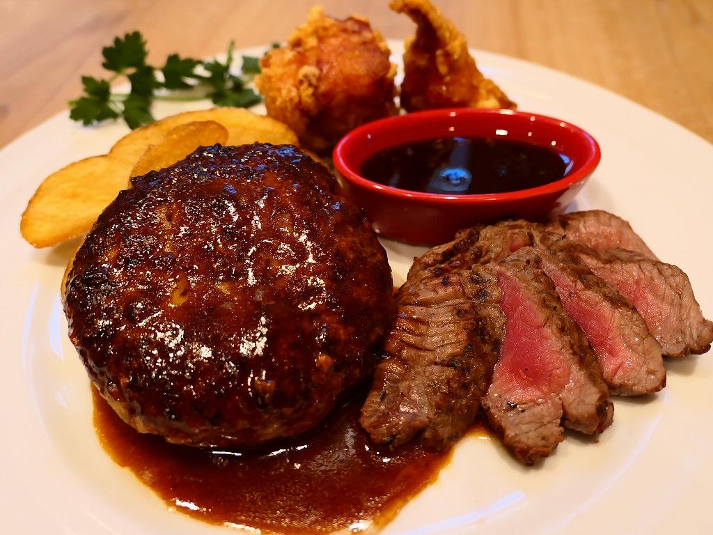 美味しいお肉のメイン料理に野菜、オードブル、ドリンクのビュッフェがもれなく付いてくるとてもお得なセット! 枚方市 「森のロマン亭」
