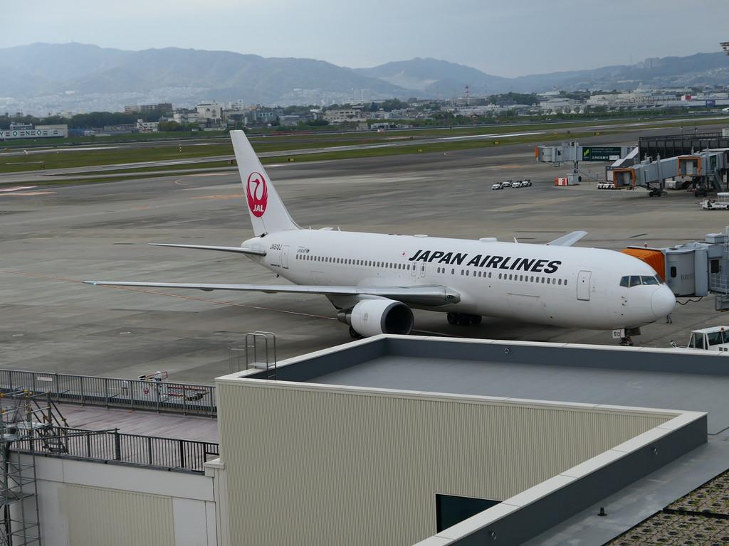 大阪国際空港(伊丹空港)が50年ぶりにリニューアルオープンします!飛行機に乗らなくても思わず空港に行きたくなる話題のショップ&レストランが目白押し!