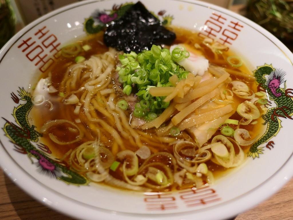 スープも麺もお米も鰹節も・・・全てにこだわった芦田氏の新店がオープンしました! 大阪駅前第2ビル 「ラーメン・めし 芦田屋」