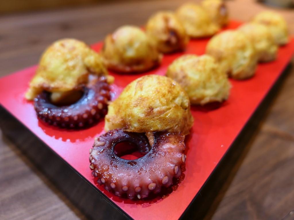 鮮度抜群の蛸料理専門店の3号店は落ち着いた空間で絶品の明石焼きがいただけます! 福島区 「多幸屋3組」