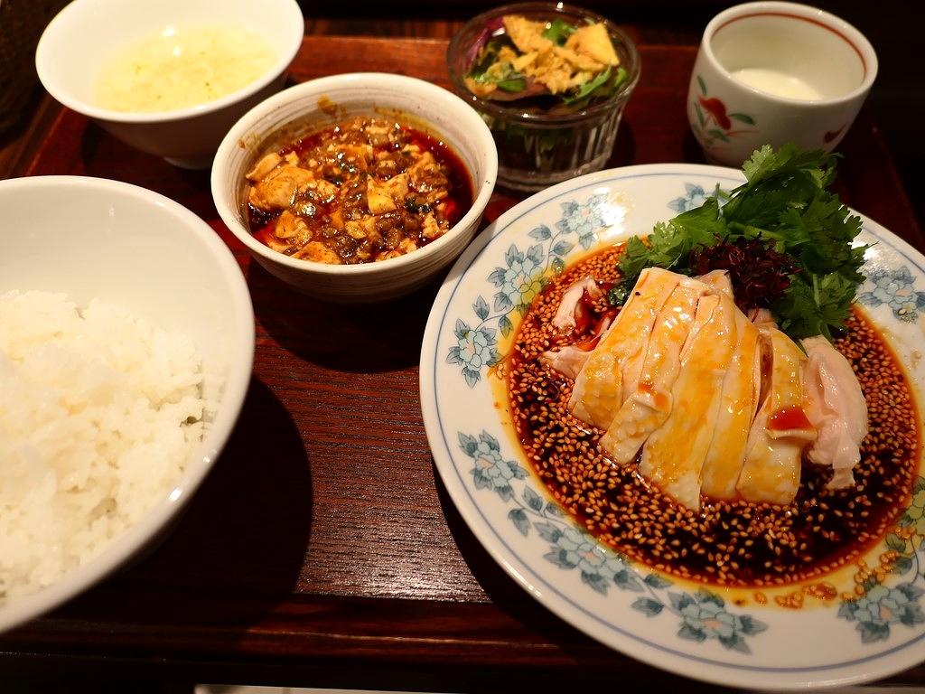 ホテルの名中華出身シェフによる名物よだれ鶏は高級感溢れる味わいでした! 心斎橋 「中華旬彩 森本」