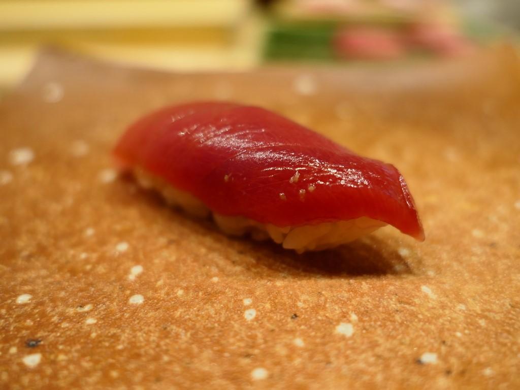 堺の名店の4代目が満を持して独立!築地最高峰の日本近海の本鮪の食べ比べが楽しめる大注目のお寿司屋さん! 堺市 「鮨 おおが」