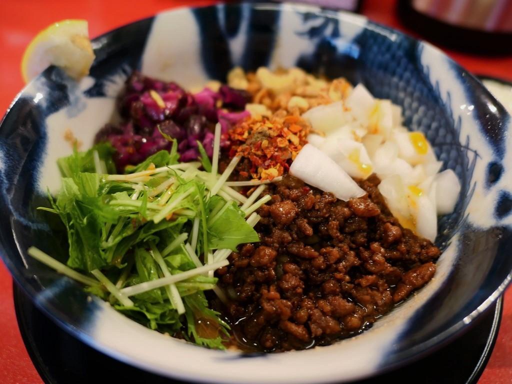 名店プロデュースの絶品汁なし担々麺の専門店がオープンしました! 福島区 「スパイス担担麺専門店 香辛薬麺」