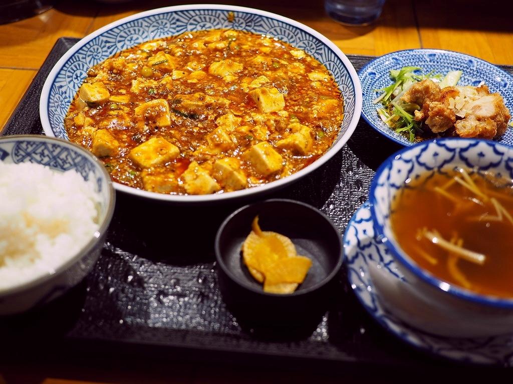 1日中注文可能な陳麻婆豆腐ランチセットが圧倒的に人気のお洒落な中華料理屋さん! 京橋 「あんかけ焼そば・陳麻婆豆腐 STORM」