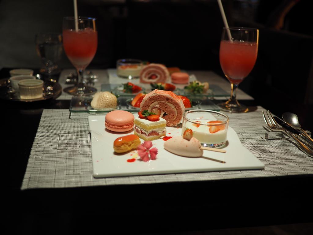 佐賀県産の甘~い苺とハイレベルなイチゴスイーツがオーダーブッフェで食べ放題の満足感が高すぎるホテルの苺ブッフェ! 北新地 「ANAクラウンプラザホテル大阪 ロビーラウンジ」