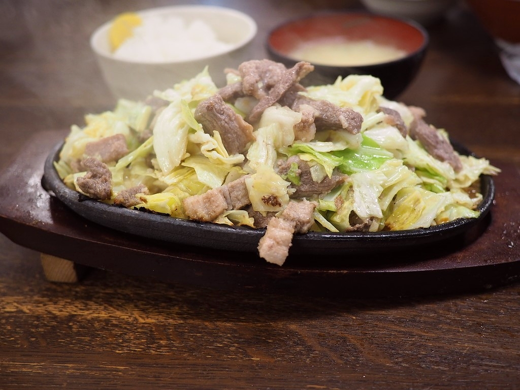 福岡県のソウルフードは超ジャンクで間違いなく病みつきになる味わいです! 福岡市博多区 「びっくり亭 本家」